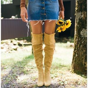 Brand new urban outfitters Kylie knee high boots